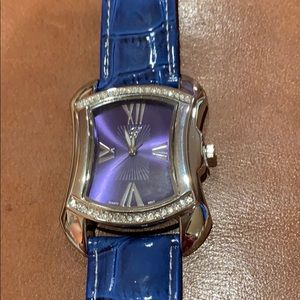 Accessories - Blue watch with Roman numerals and crystals